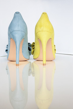 Gen Nee mismatched shoes Blue 2