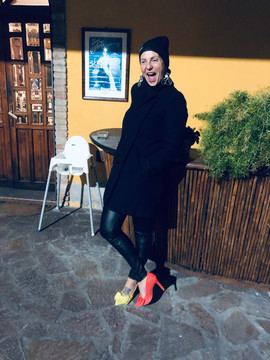Enrica wears Alex mismatched pumps by Gen Nee