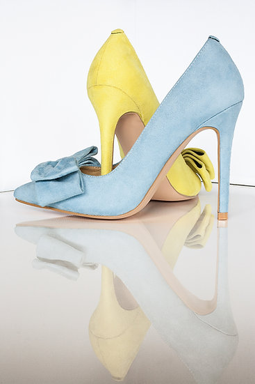 Mismatched colours suede pointy toe 10cm heel pumps with bow from Gen Nee. Blue model, maya blue and yellow