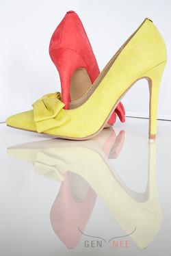 Gen Nee mismatched shoes Alex 4