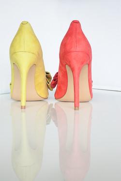 Gen Nee mismatched shoes Alex 2