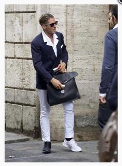 Lapo Elkann with mismatched shoes