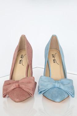 Harper - Mismatched shoes by Gen Nee