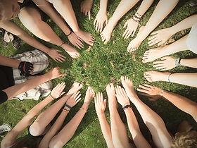 team-386673_1920_edited.jpg
