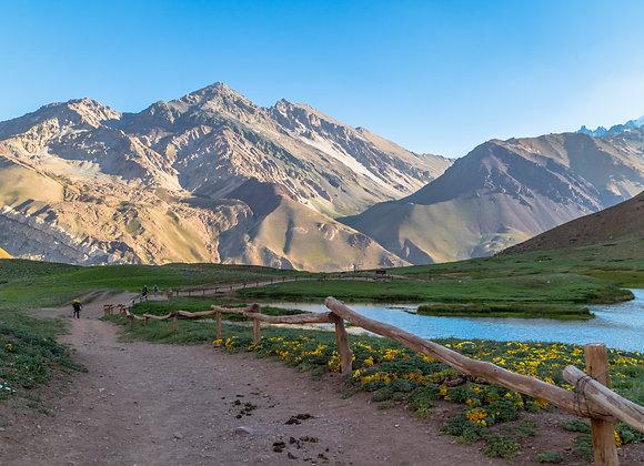 Un sendero montañoso por los Andes