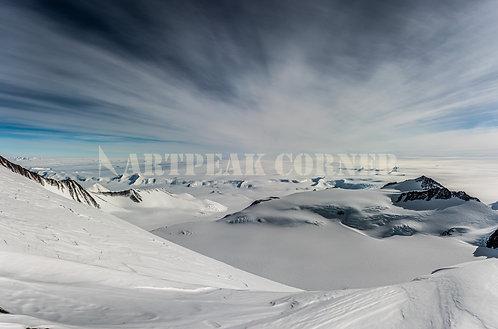 Vista del último campamento a toda la región Antártica