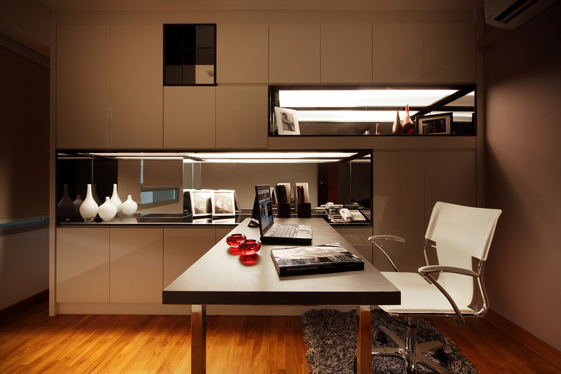 study room with simple office table