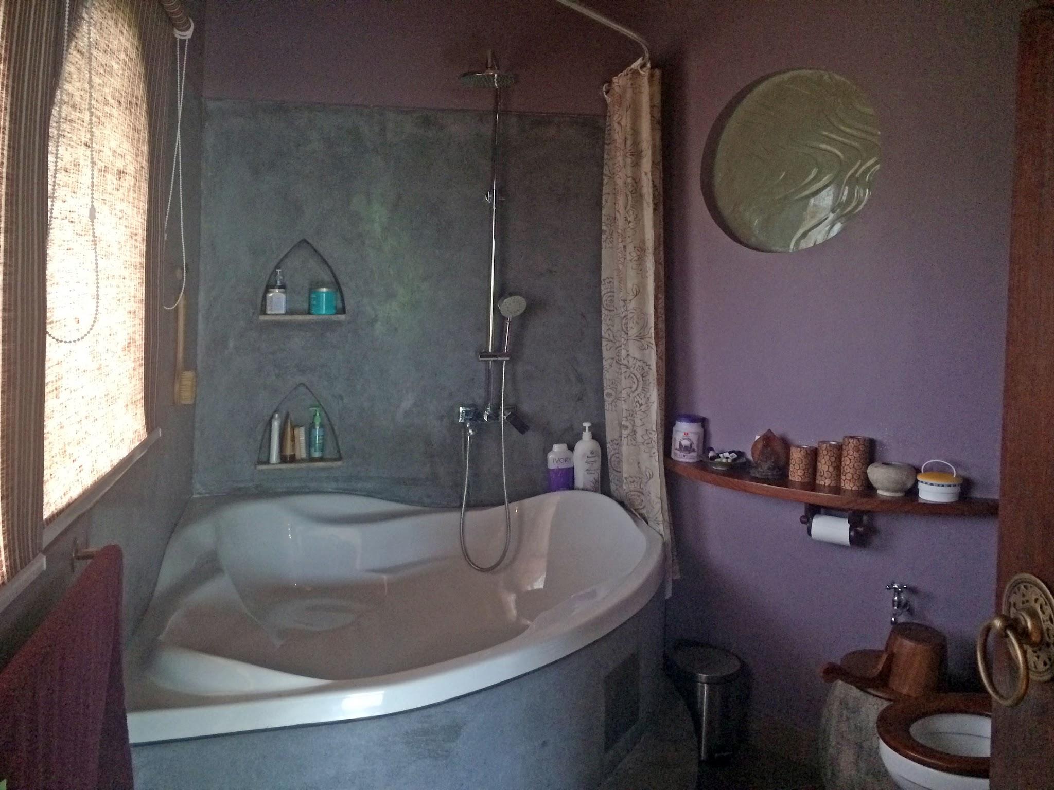 Casa Coolio Main House_Bathrooms_01