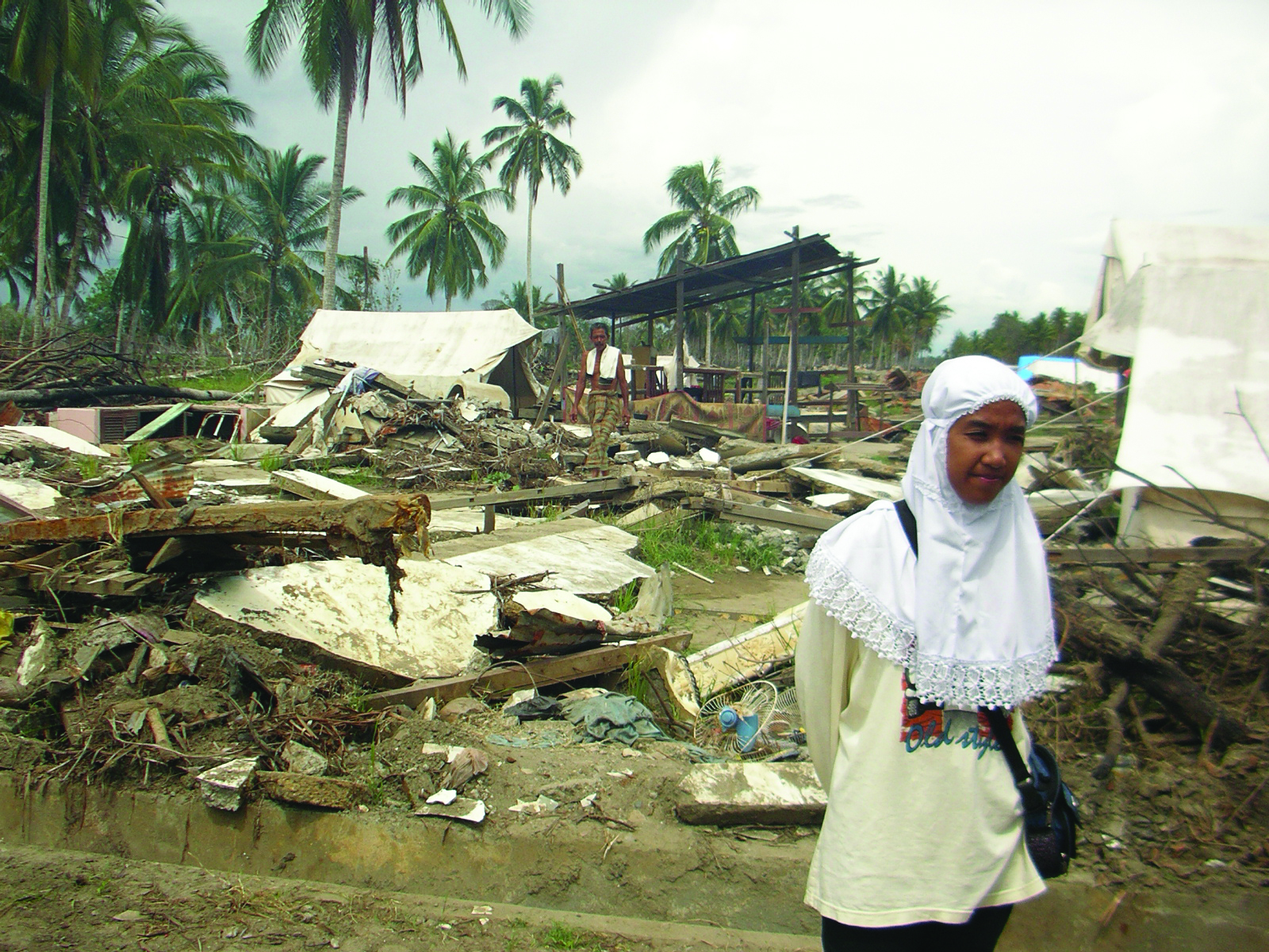 Picasa - 05-03-Samatiga_IDP_Camps_20.jpg