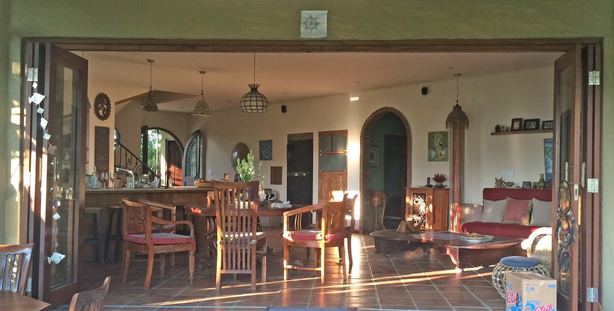 Casa Coolio Main House_Kitchen_02