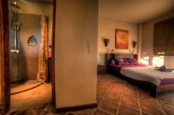 Casa-Coolio---Sunrise-Suite-03