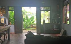 Casa Coolio Girls House_02