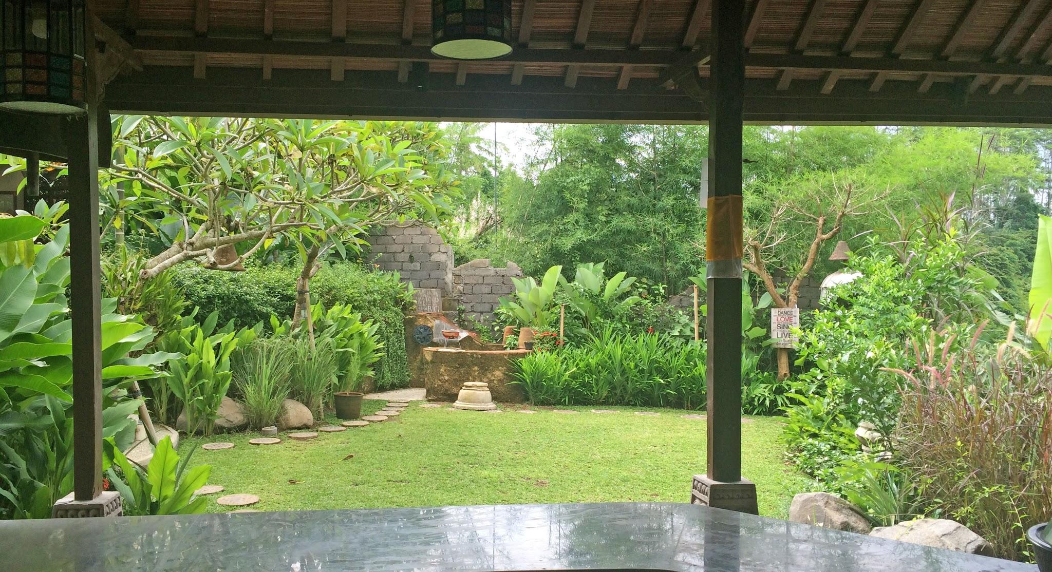 Casa Coolio Warung_01