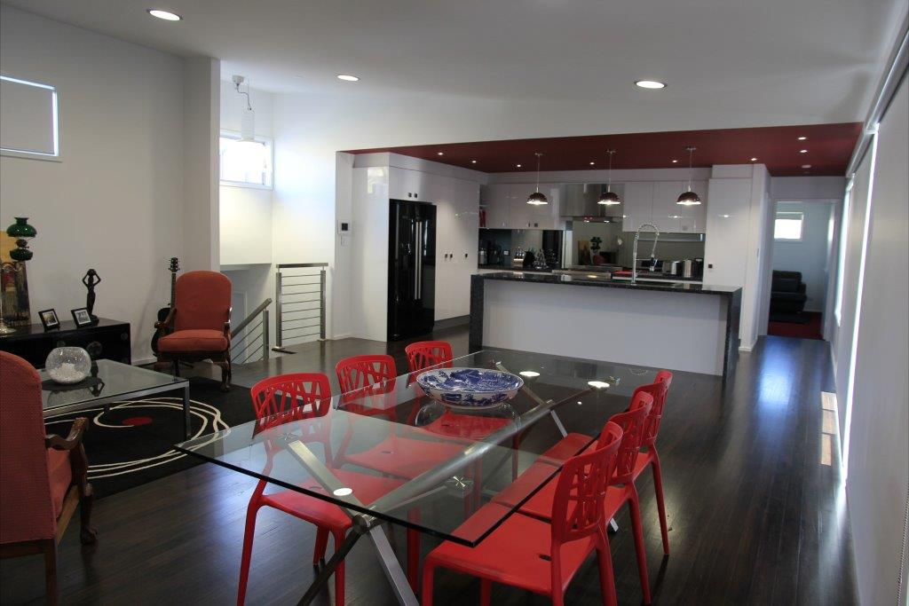 20 Saxonia Lounge Kitchen.jpg