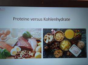 Proteine versus Kohlenhydrate