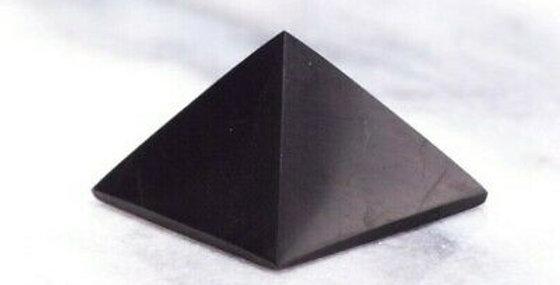 3cm shungite pyramid