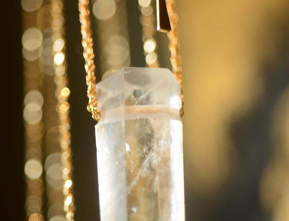 AACLEAR QUARTZ 14K GOLD PLATED NECKLACE