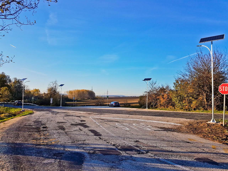Eytek-Bicske főút és kerékpár út kereszt