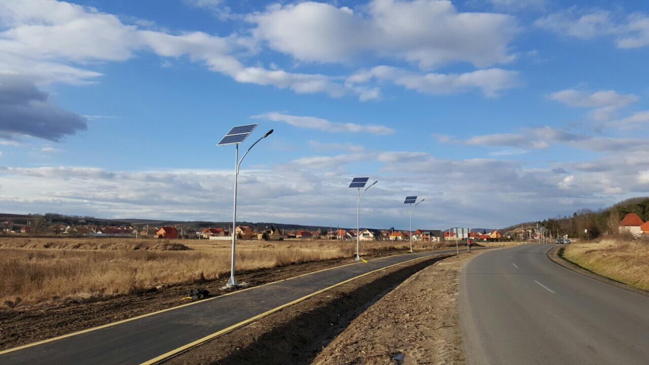 LED-solar kandeláberek