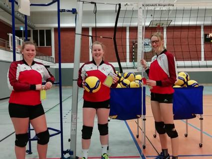 Die Volleyballabteilung des VfL Oythe gratuliert neuen Schiedsrichterinnen