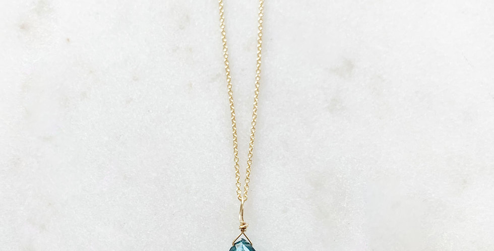 SADIE ROSE GEMSTONE PENDANT IN GOLD
