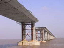 Durability Issues Associated with the Design of Reinforced Concrete Structures in Marine Environments,