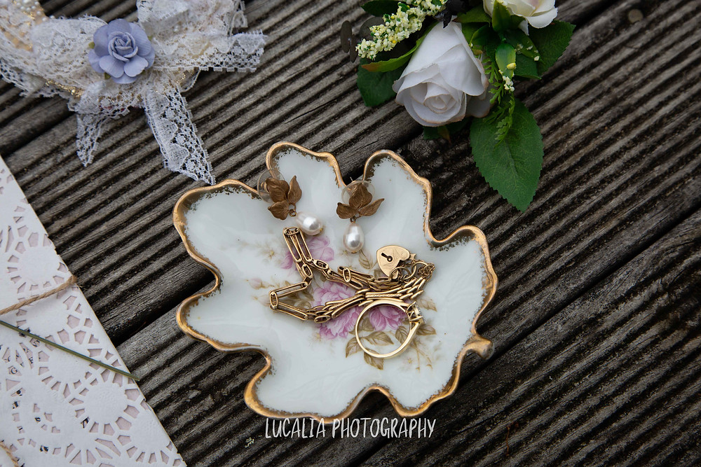 wedding accessories, Ngawi Wairarapa wedding photographer