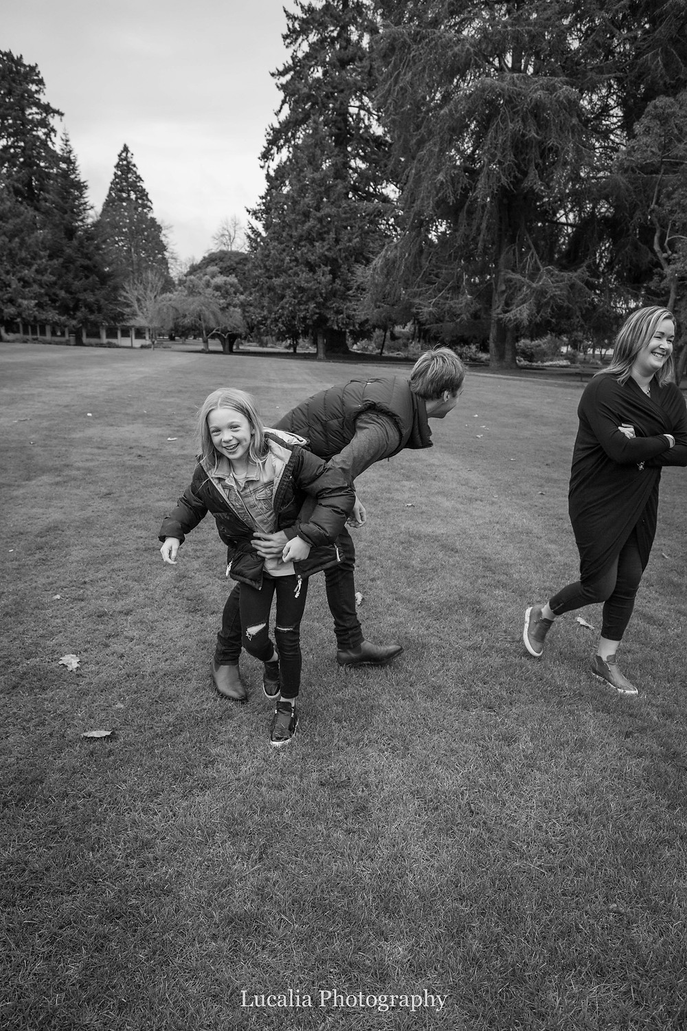 playing with the kids, Wairarapa family photographer