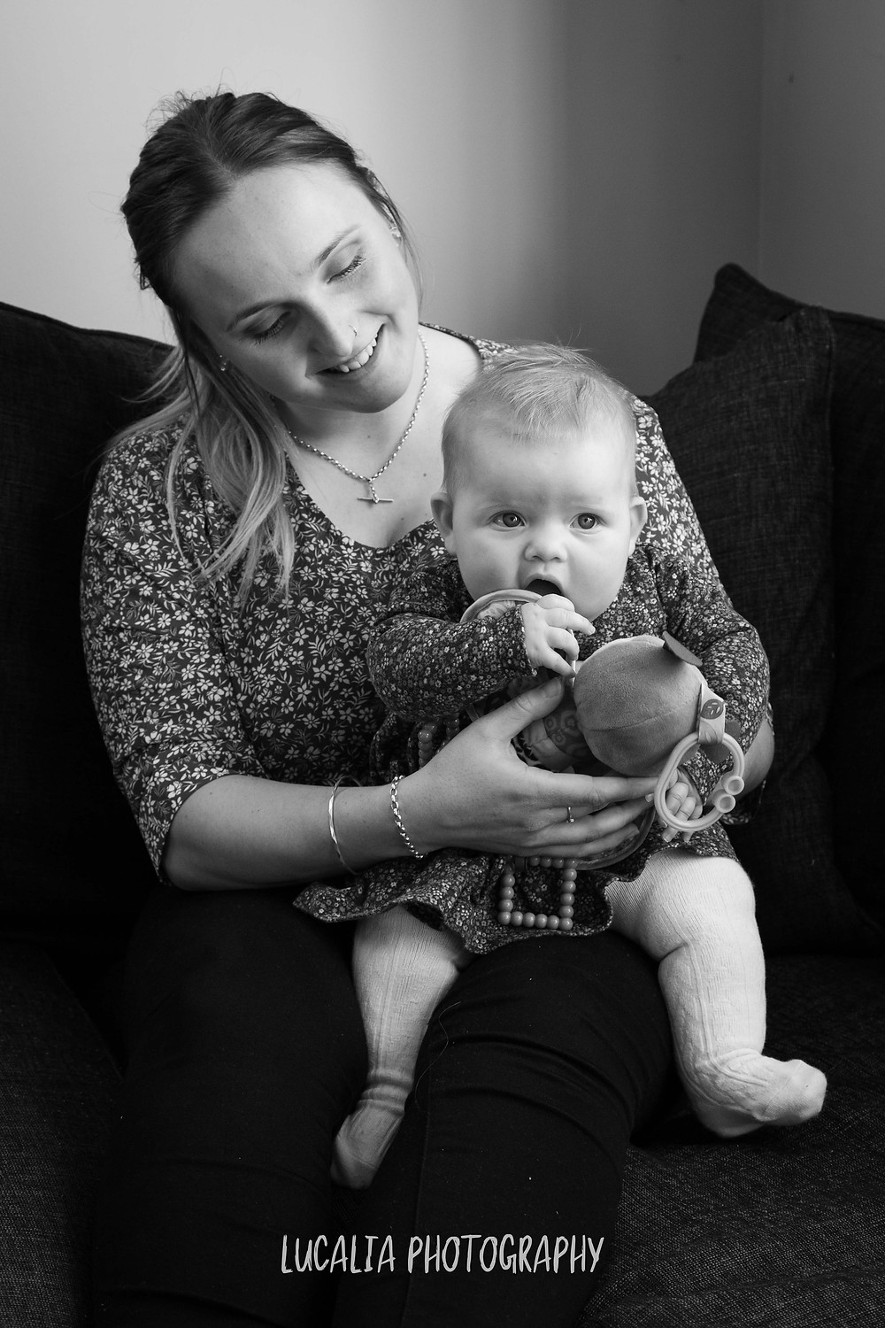 mother with daughter on her lap, Wairarapa family photographer