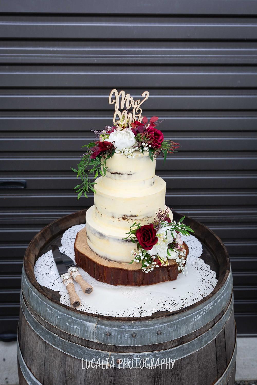 Carmen's Cakes Wedding cake, Waimeha Bar and Grill, Ngawi Wairarapa wedding photographer