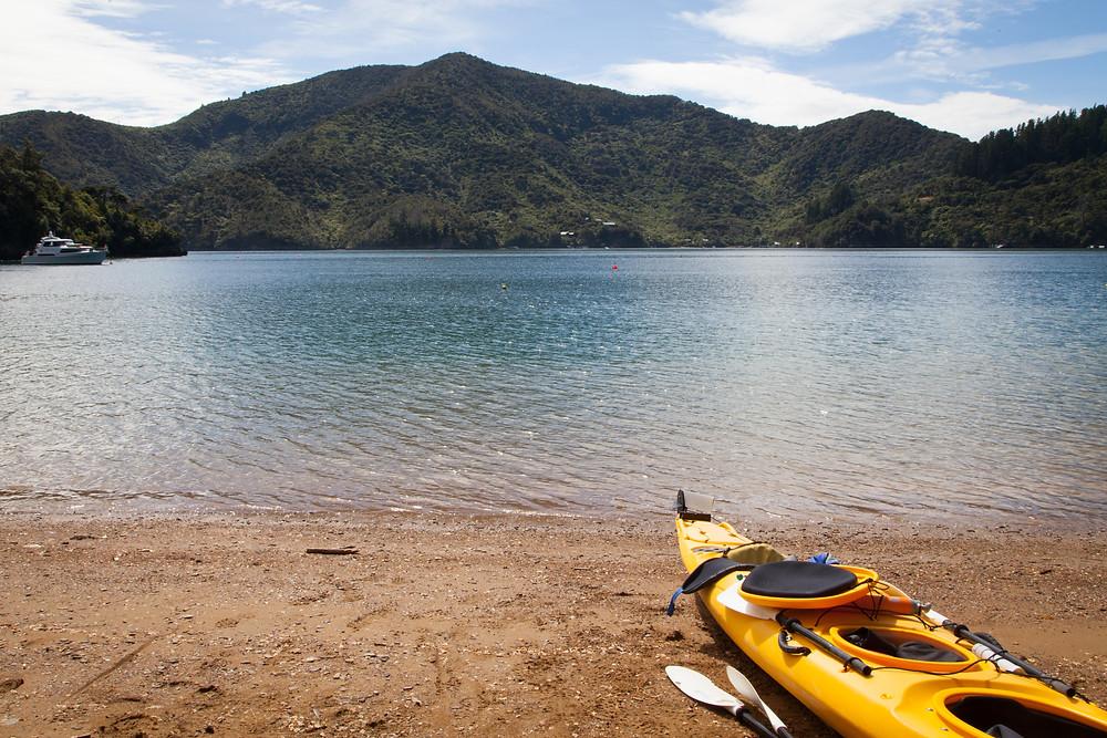 Kayaking to Lochmara Lodge New Zealand honeymoon