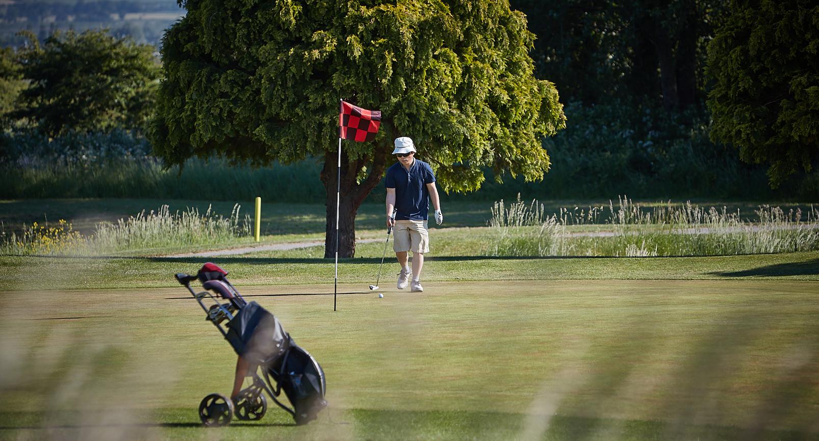 Peterstone Lakes Golf Club-007.jpg