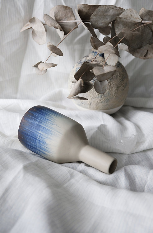 ceramic vase - Wave