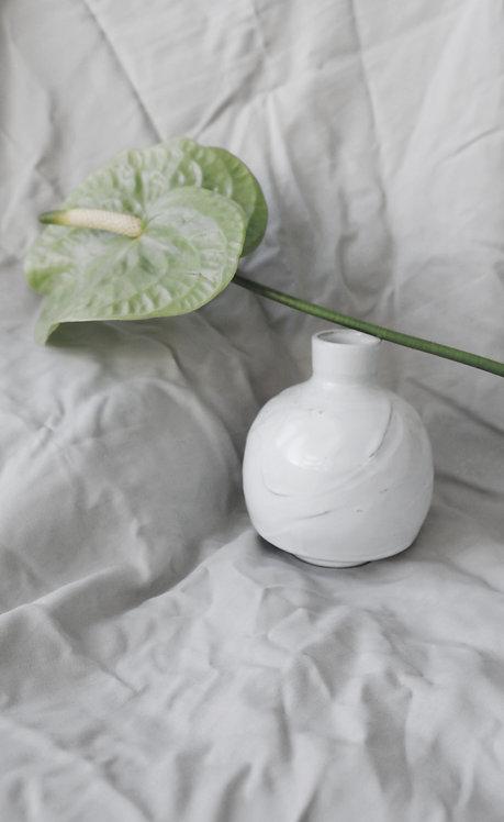 ceramic vase - Milky