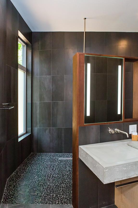 Luxurious Walk in Shower