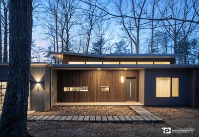 Wolf-Huang Residence On Lake Orange.jpg