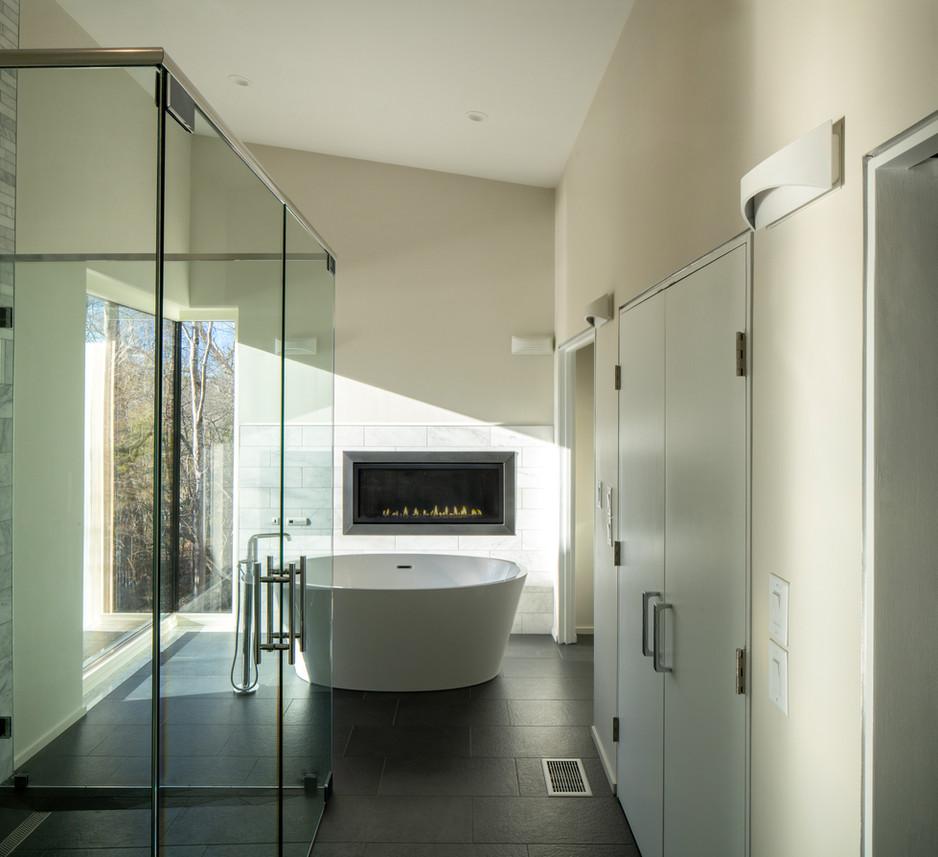 Haw River House Master Bathroom