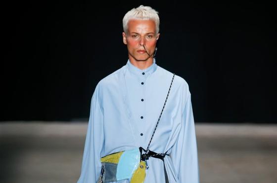 Morte de modelo detona crise na São Paulo Fashion Week e fashionistas se posicionam sobre indústria