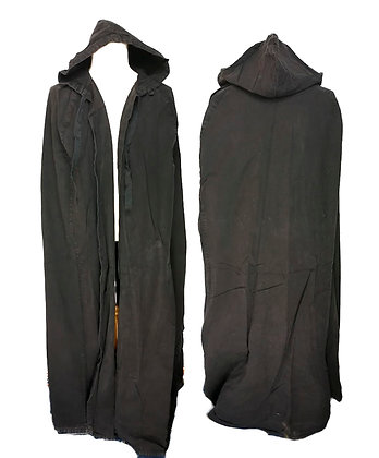 Capa larga con capucha