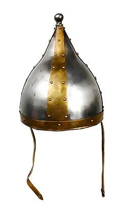 Casco de acero y metal