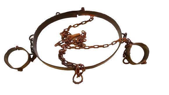 Grilletes de torso con cadenas para esclavos o fugitivos