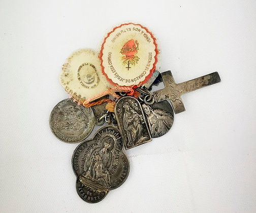 Conjunto de medallitas religiosas años 40