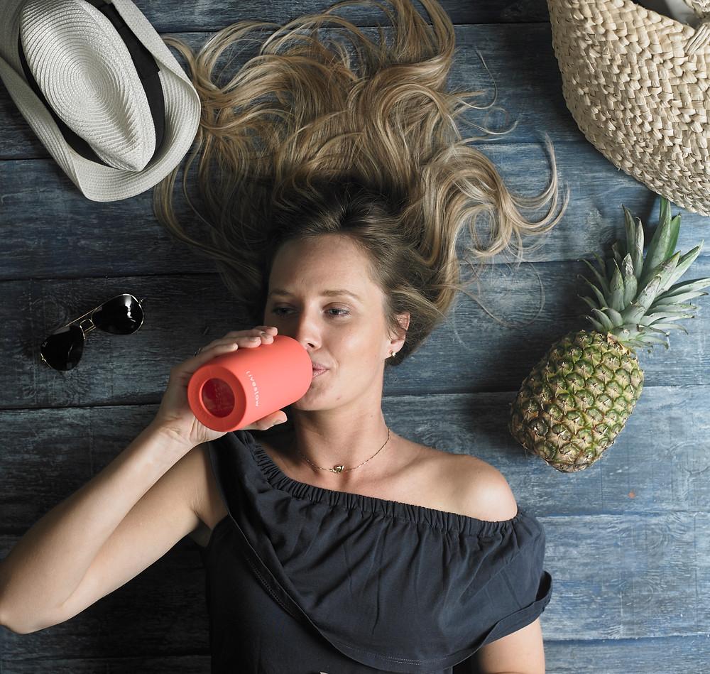 hidratarse saludablemente con Liveslow, botella de vidrio sin BPA