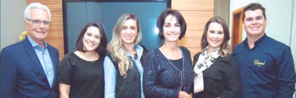 Mário Ameni, Mirian Névola, Evânia Ribeiro, Cláudia Matarazzo, Diane Fontes, Cláudia Matarazzo e Cristiano Almeida