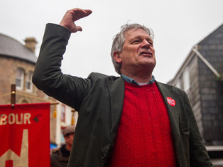 Pual Farmer Labour candidate makes a speech at March for the arts protest in Redruth 24/11/19