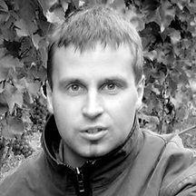 Damien Yvon-300-300-300-300-crop.jpg