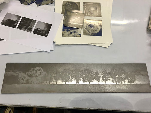 The etched steel plate_