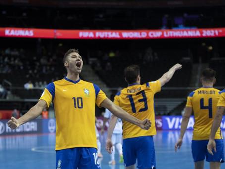 Brasil da mais um passo rumo a final na Copa do Mundo de Futsal
