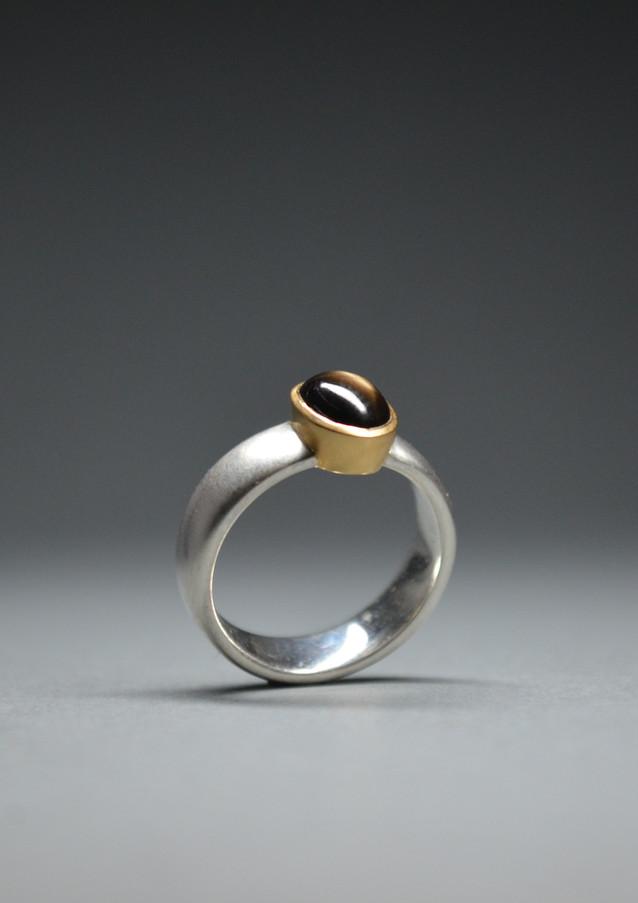 Ring Sternsaphir