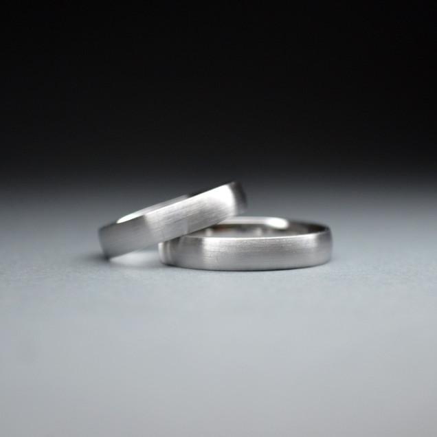 Wedding bands white gold